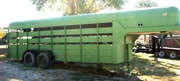 24ft Gooseneck Horse/Cattle Trailer